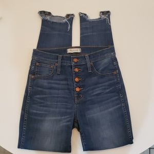 """Madewell 10"""" High Rise Skinny Button Front Edition"""